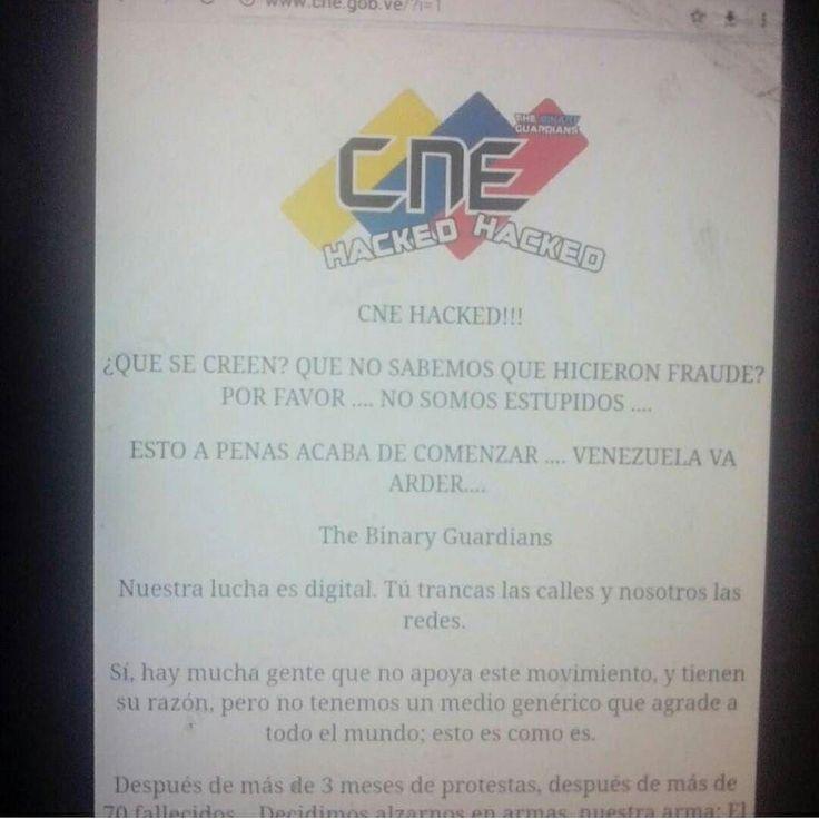 Hackearon página web del CNE tras fraude constituyente  El sitio del Poder Electoral tiene el servidor suspendido  PorEL NACIONAL WEB El sitio web del Consejo Nacional Electoral (CNE) fue hackeado durante la madrugada de este lunes y para horasde la mañana no han podido recuperarlo.  Al ingresar al sitiohttp://bit.ly/2f0wiMA se accede al portaldel Poder Electoral sino que aparece que el servidor está suspendido.  Anteriormente aparecía el mensaje CNE HACKED. QUÉ SE CREEN? QUE NO SABEMOS QUE…