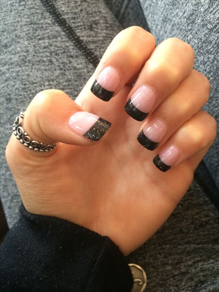 solar black tip nails