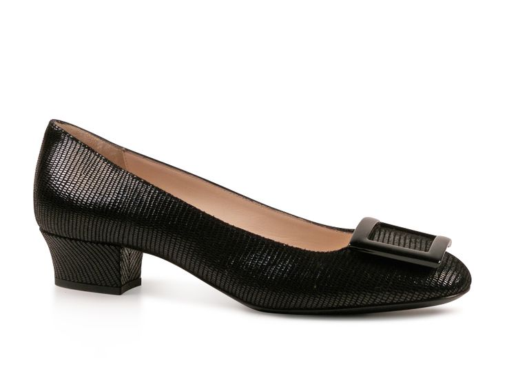Giorgio Armani black Leather low heel pumps shoes