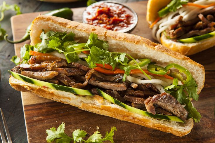 Vietnamese Recipe: Pork Banh Mi Sandwich, this is a po-boy sandwich I really want to get my hands on! must try. :)
