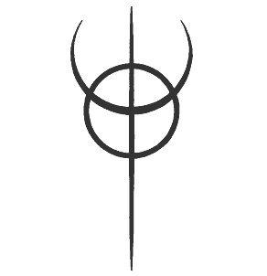 """Clavicula Nox: En latín la frase clavicula noctis literalmente significa """"llave de la noche (oscuridad)"""". Está compuesto por el símbolo de la Atlántida - un tridente sobre una circunferencia. El tridente, símbolo de Neptuno, simboliza la inconsciencia, mientras que el círculo representa la consciencia. Clavicula Nox es un símbolo que intenta el proceso de transformación desde la inconsciencia (el tridente) hacia la conciencia (la circunferencia). Esto está en un sentido psicológico."""