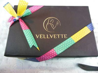 World of Makeup and Fashion: March Vellvette Box