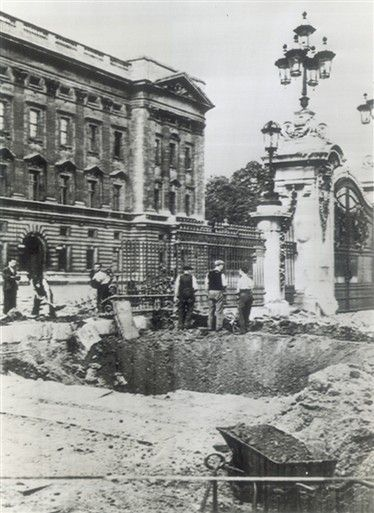 Bomb damage outside Buckingham Palace, September 1940.