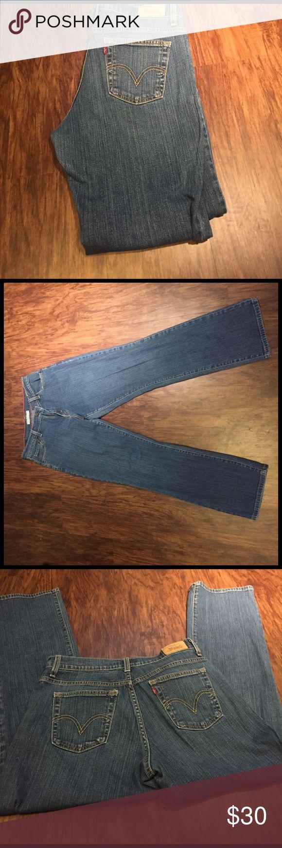 "Levi's 550 relaxed bootcut Levi's 550 relaxed bootcut high waist inseam 30"" Levi's Jeans Boot Cut"