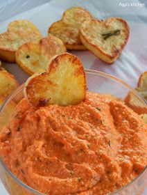 Pepi's kitchen: Ντιπ πιπεριάς με φέτα και καρδιές πατάτας
