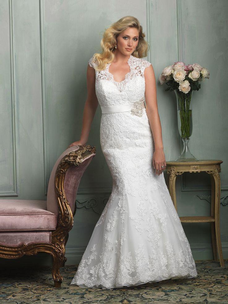 40 best Curvy Bridal images on Pinterest   Short wedding gowns ...