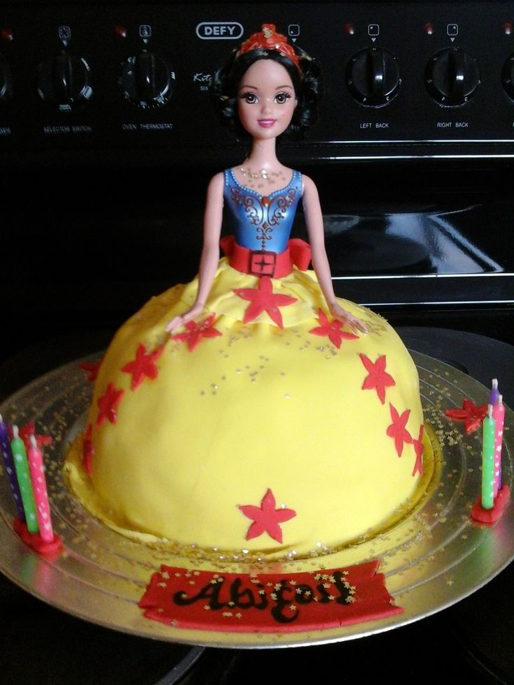 Snow White for Abigails 6th birthday