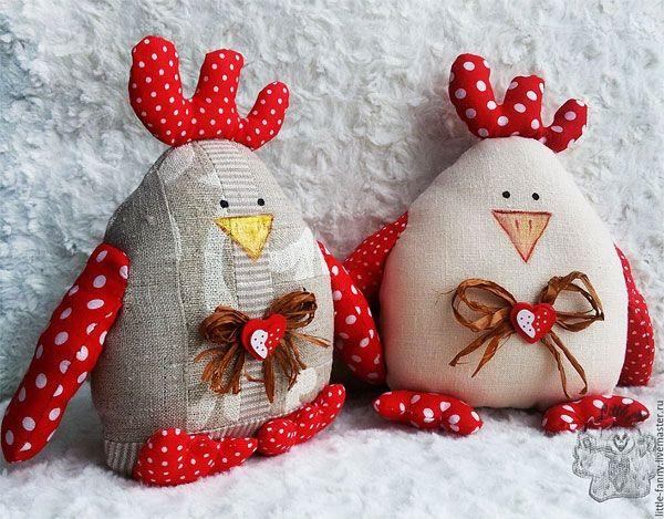 Петухи из ткани