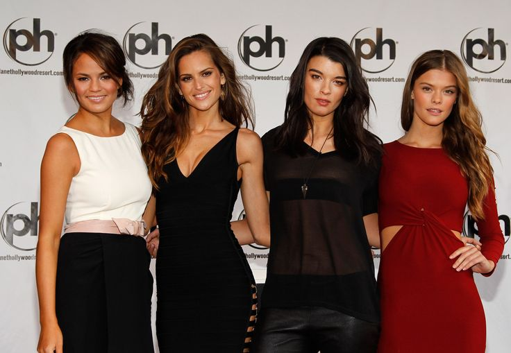 How hot and stylish do all these ladies look!?