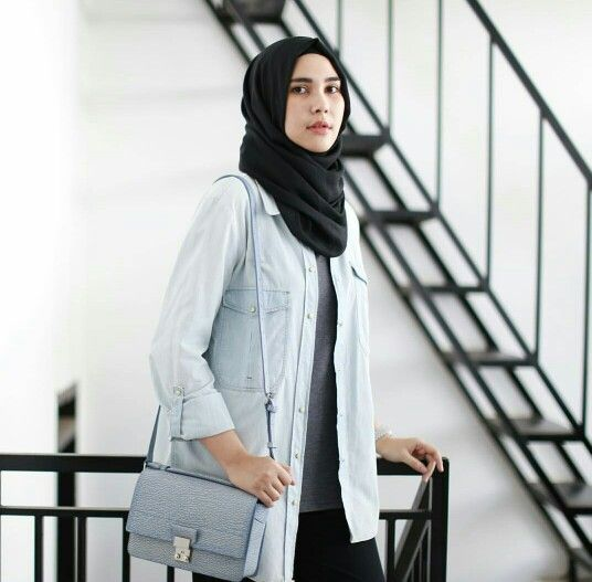 1000 Images About Hijab And Scarfs On Pinterest Muslim Girls Hashtag Hijab And Ootd
