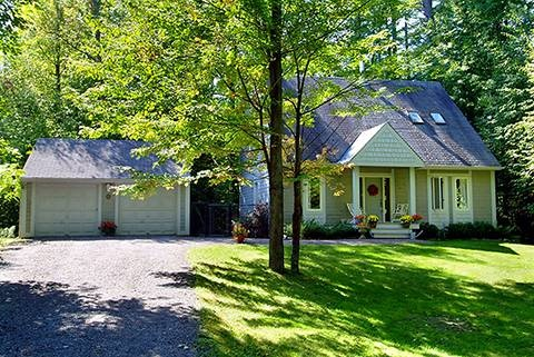 Front of Home - Homes for sale in Carp, West Carleton, Rural Kanata, Stittsville, Pakenham, Almonte, Carleton Place, Dunrobin, Mississippi Mills and Ottawa - Andy Oswald