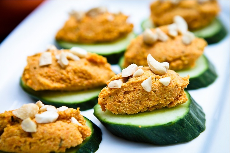 Carrot cashew p t cucumber canap recipe vegan for Canape bases ideas