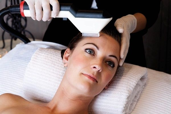 I want results that they'll notice.  Tackle pigmentation, age spots, red veins and redness and restore a youthful, even skin colour and texture with a course of medical-grade IPL (Intense Pulsed Light) treatments. Safe, effective, quick. We are pioneers in IPL and we deliver the best results. Suitable for fair to medium skin colour, IPL is also a fast, safe method of long-term hair removal.