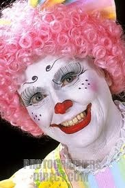 Happy Clown--- I know this clown.  Her name is peaches--Met her in the 90s when I was a little kid---Pinterest is so random lol