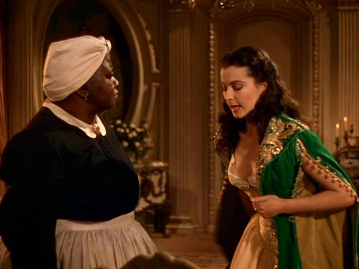 Dresses from gone with the wind screenshots of scarlett for Who played scarlett in gone with the wind