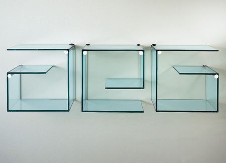 стеклянные шкафы