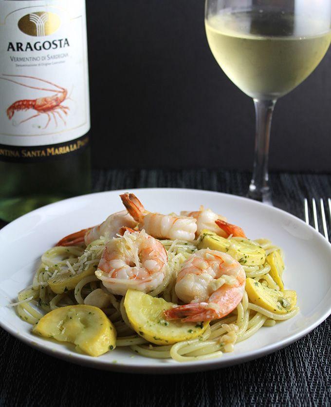 Summer Spaghetti with Garlicky Shrimp and a Vermentino wine.
