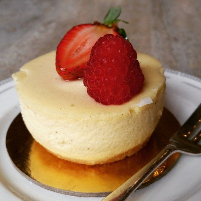 Treat yourself after work to our scrumptious #cheesecake! #dessert #hightea