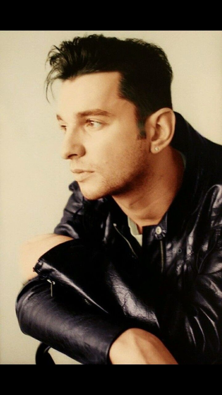 Dave Gahan. How many dreams I've had of this version of Dave.