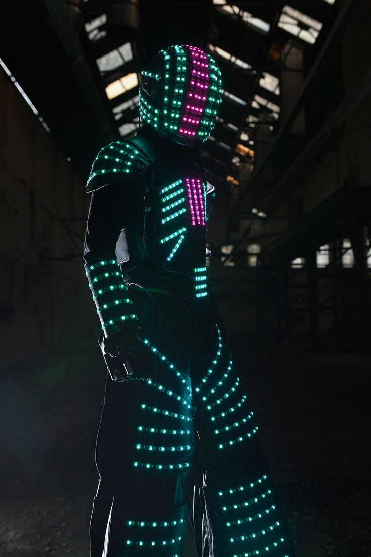 MoonBots. LED glowbots - Glowbot - Stilt Walker - Club - Hire - www.valerianentertainment.co.uk