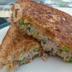 Sandwich fondant au thon, tout simple @ qc.allrecipes.ca