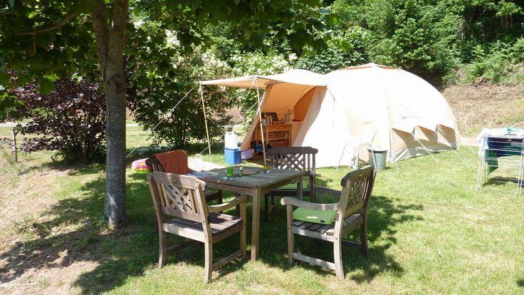 Kleine camping met huurtent en vakantiehuisje