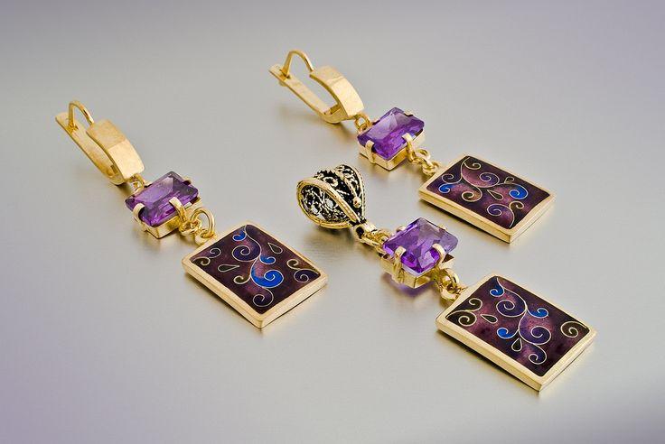 https://flic.kr/p/8F1K4j | Enamel. | Cloisonne Enamel. Earrings and Pendant with Zircon stones, fine silver gold-plated.
