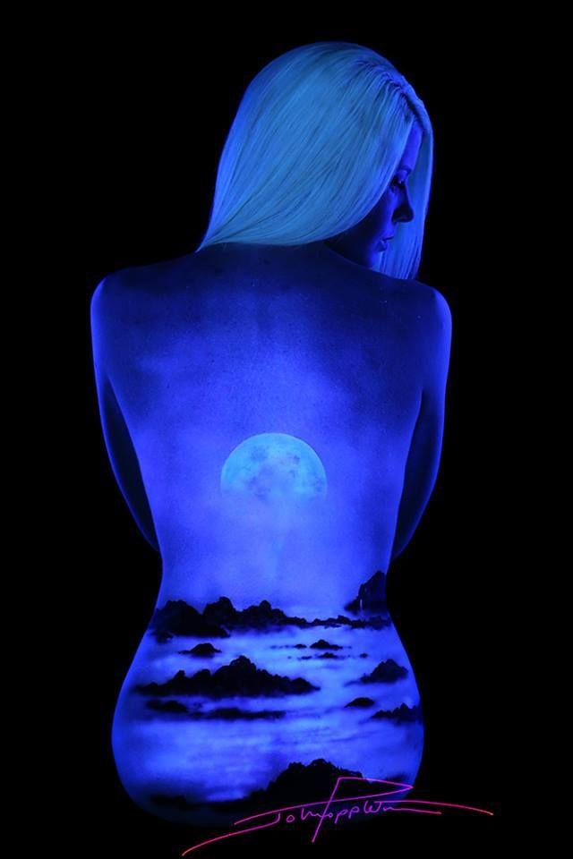 Best Black Light Bodyscapes By John Poppleton Images On - Amazing black light body art photography john poppleton