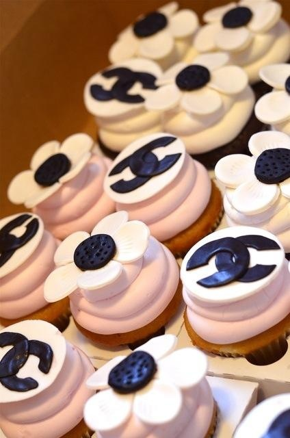 Chanel party branded cupcakes