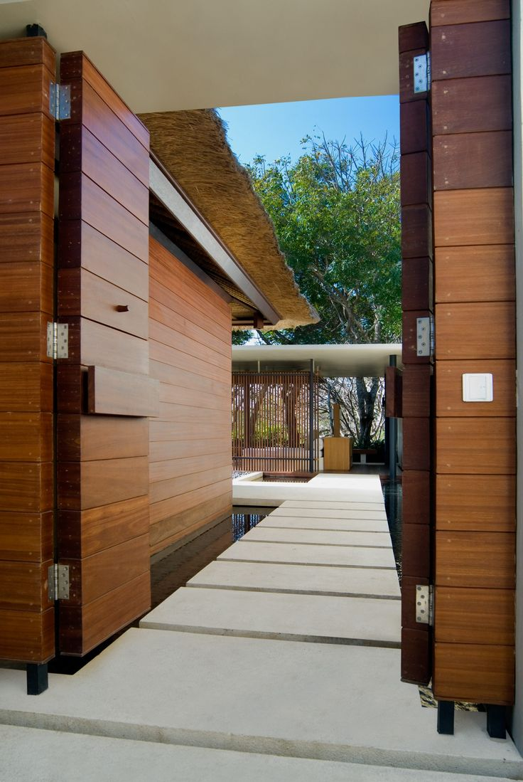 1000 images about tropical architecture on pinterest for Wooden house exterior design