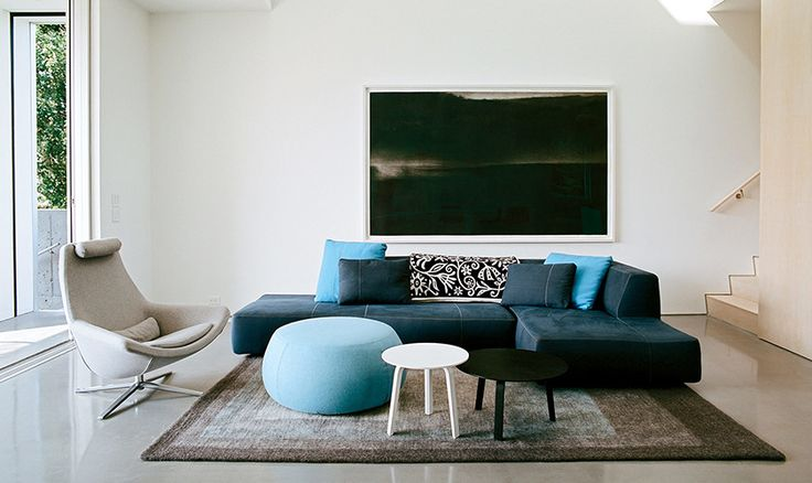 Designed in 2010 by Patricia Urquiola, B&B Italia's Bend-Sofa was a result of digital research and a study of 3D models. Its irregular, curvy shape gives the impression of being molded by an artist and adds a whole other level of comfort.