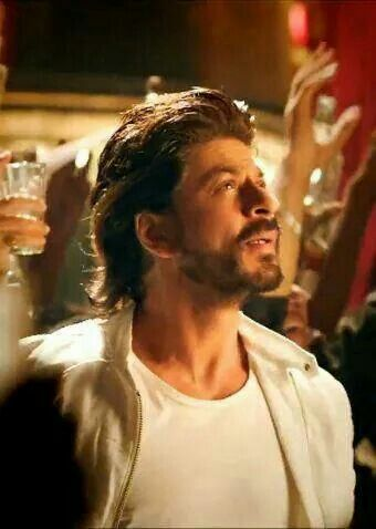 Scene from Happy New Year -SRK