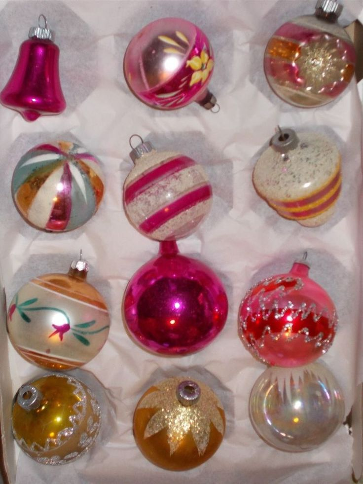 12 VINTAGE GLASS CHRISTMAS ORNAMENTS SHINY BRITE