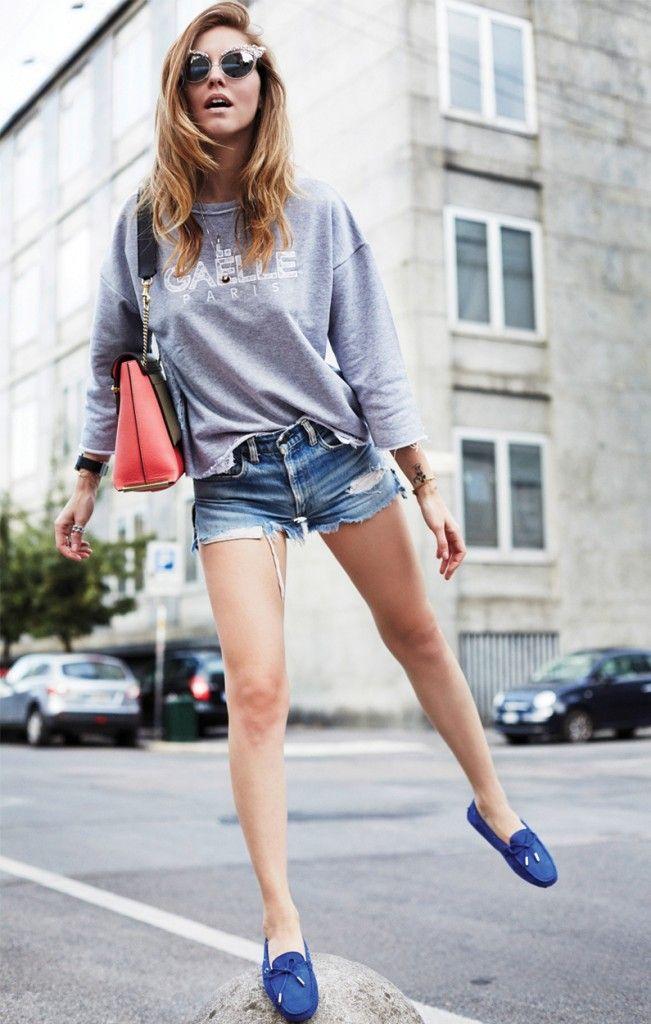 Chiara Ferragni The Blonde Salad Tod's gommino Gaelle Bonheur sweatshirt Levi's shirts and Chloè bag #streetstyle