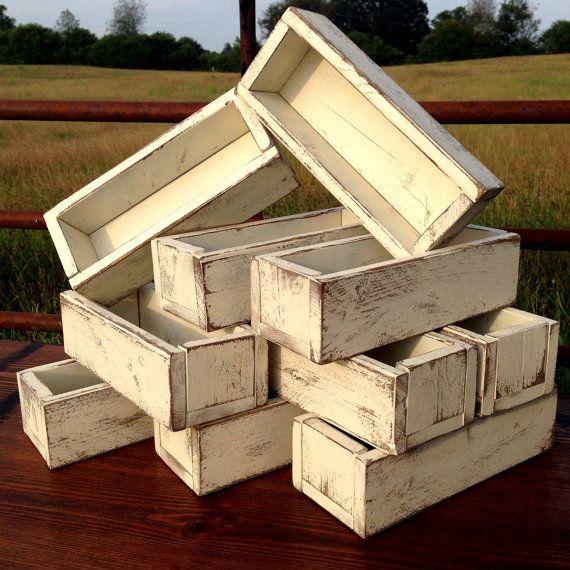 Wedding Centerpiece - Set of 10 - Planter Box - Distressed Wood Box - Barn Wedding - Farmhouse Wedding - Decor on Etsy by Rustic Modern Farmhouse