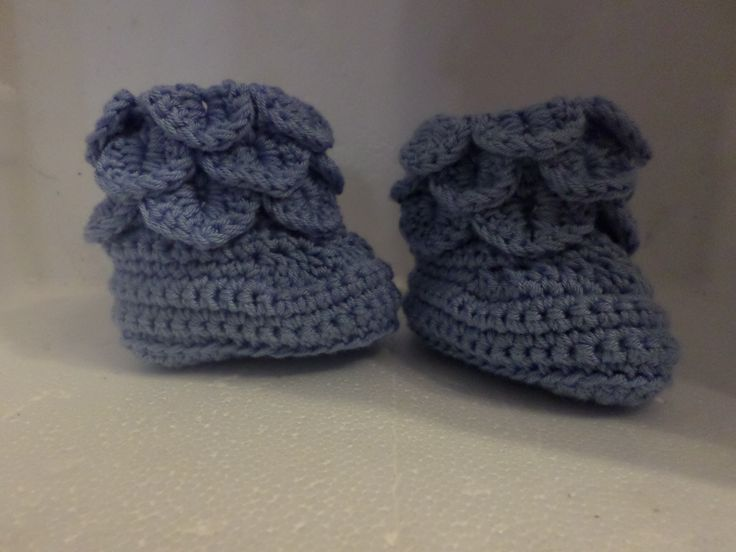 baby booties crocodile stich