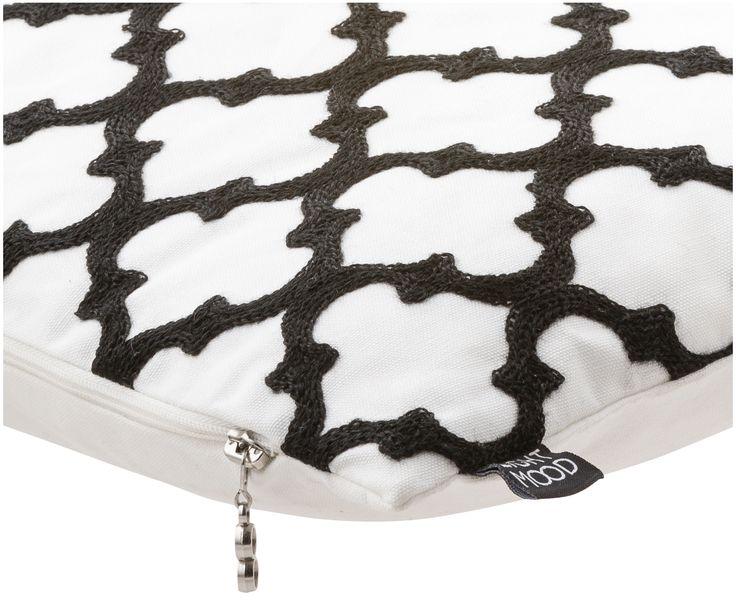 Schaffen Sie mit Kissen Bazar in Schwarz, Weiß mit Trellis-Muster Gemütlichkeit und lehnen Sie sich zurück. Shoppen Sie EIGHTMOOD auf >> WestwingNow.