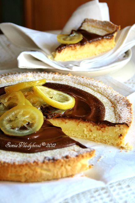 Unavená vařečka: Citronový koláč polévaný horkou čokoládou