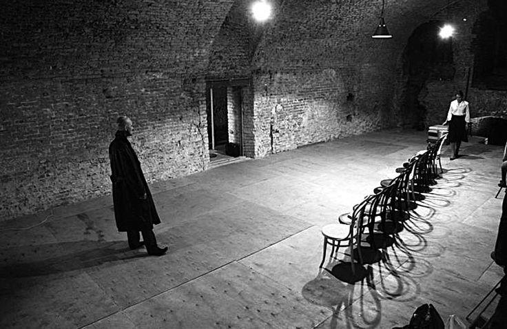 «НАДО ПРИДУМЫВАТЬ СПОСОБЫ СУЩЕСТВОВАНИЯ…» | Петербургский театральный журнал (Официальный сайт)