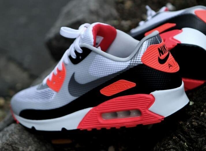 more photos e4b0b 5dda0 Top 10 Nike Air Max 90 Sneakers   Sneakerz