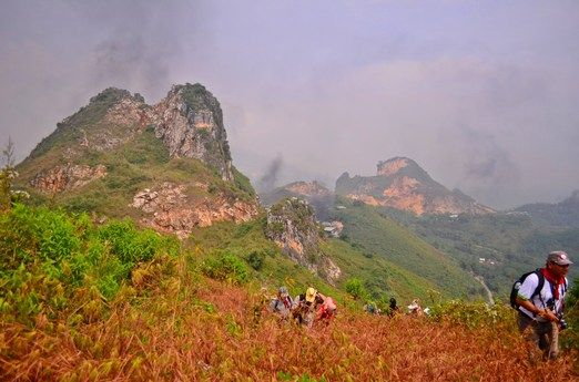 Picture-perfect: The view of Mount Masigit from Pasir Pawon. (Photo by Ayu Wulandari)