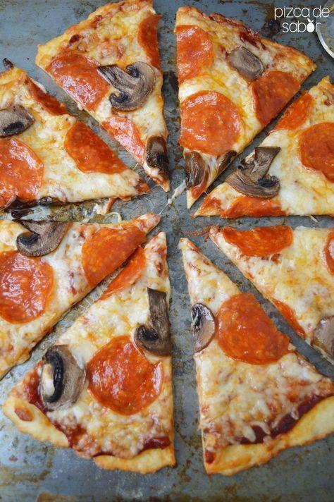Masa de pizza de 3 ingredientes (con yogurt griego) – La pizza más fácil de tu vida (30 minutos o menos)