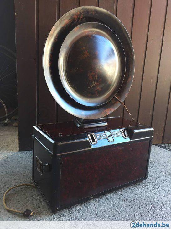 Antieke radio + luidspreker Philips