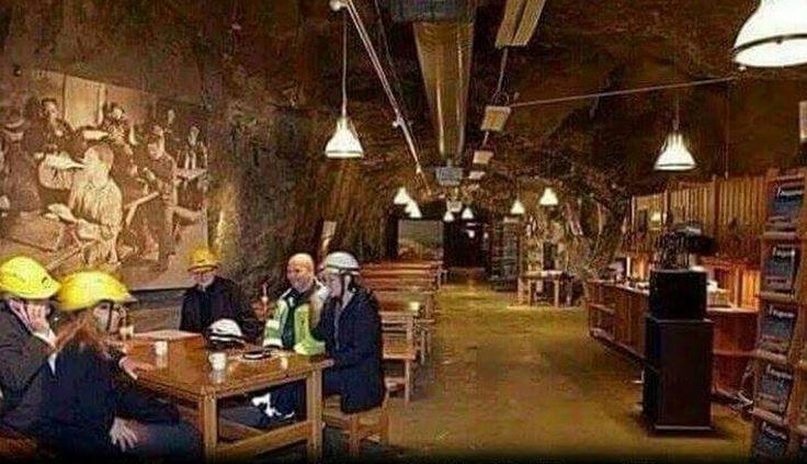 Norveç'te bir kömür madenin Yemekhanesi  İşte Bu Yüzden Norveç, Dünyanın En Mutlu Ülkesi...! - İlknur Han - Google+