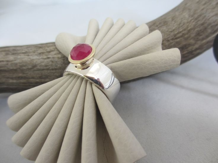 Ruby Rose ring 9ct gold./ st silver