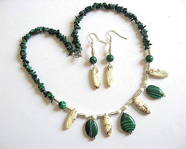 Set colier si cercei pietre howlite verde cu negru si malachit alb cu gri  - idei cadouri femei - ocazie - pietre semipretioase