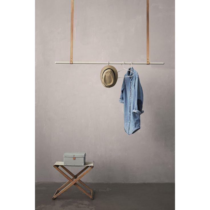 Cloth Rack klädstång från Ferm Living.Behöver du något fint att h...