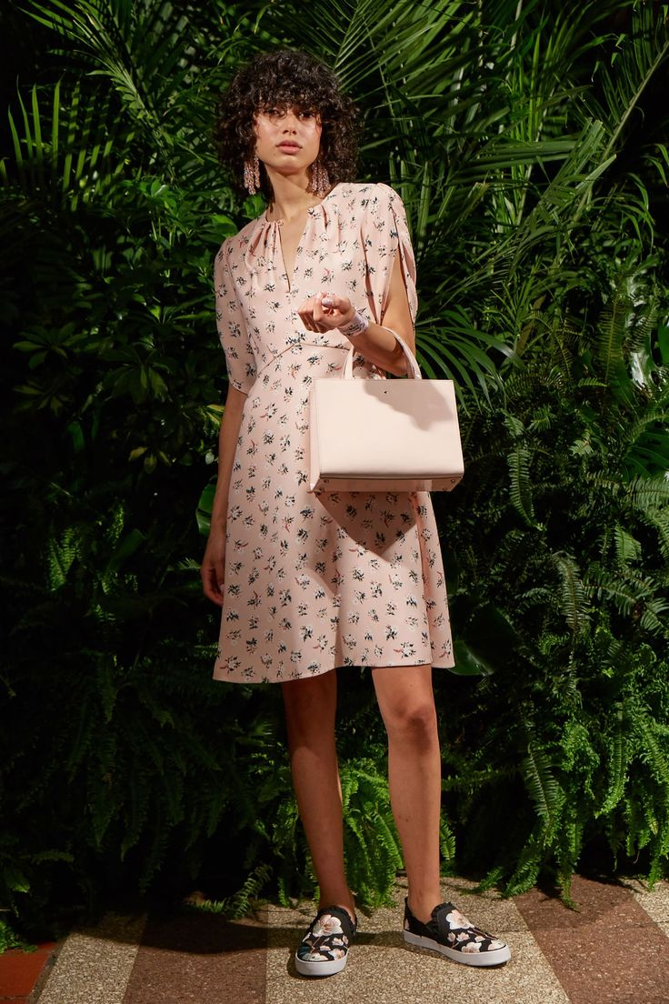 Kate Spade Spring/Summer 2018 Ready-To-Wear Collection