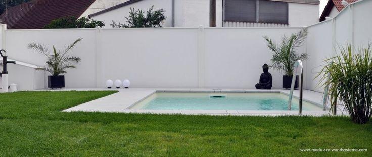 Sichtschutz im BauhausStil an einem Schwimmbad Sicht