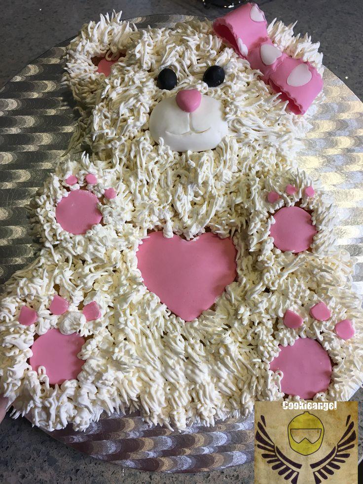 Hoy hemos tenido visita y este es el postre que he hecho, cuando hay peques... y todas son niñas  Buttercream #lactosefree #cake # teddy bear #